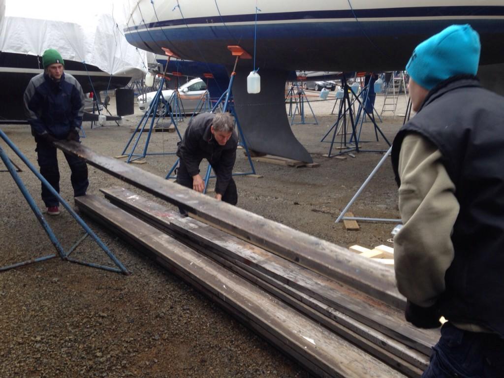 Plank för båtställning